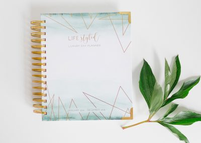 lifestyled-planner-daily-luxury-journal-diary-geo-geometric-gold-bind-preview