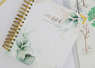 lifestyled-planner-daily-yearly-monthly-luxury-journal-2020-botanical-green-gold-4