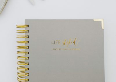 lifestyled-planner-daily-yearly-monthly-luxury-journal-2020-elegant-grey-2